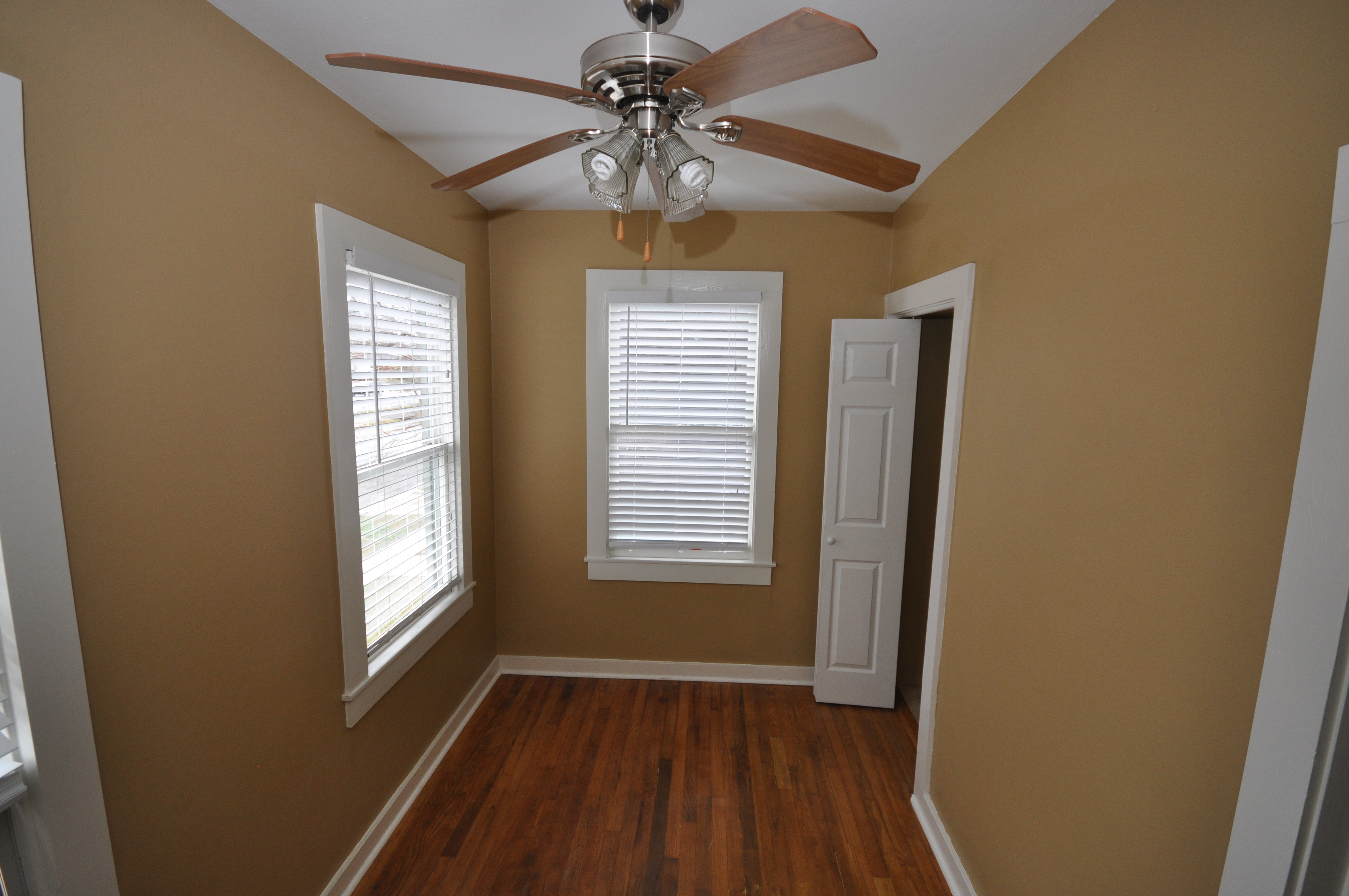 1119 Oxford Apartment A Heights Living Llc
